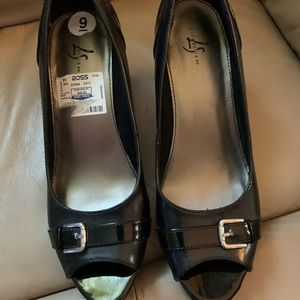 Life Stride open toe Buckle Black Shoes size 9